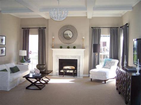 living room benjamin moore balanced beige