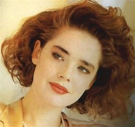 1980s super short haircuts for women 56 best images about totally 80 s on pinterest crimped