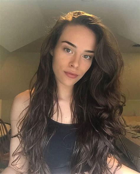 hair women bush fitness blogger reveals what happens when you don t shave