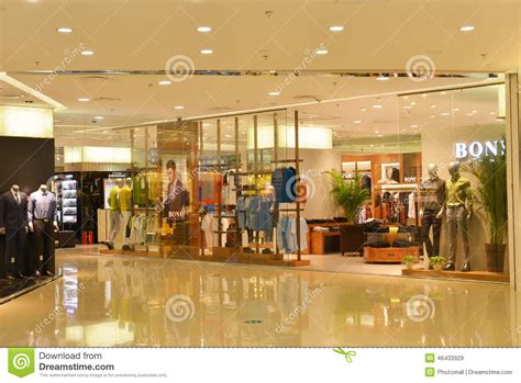retail layout wikipedia fashion store window in shopping mall clothing stores in