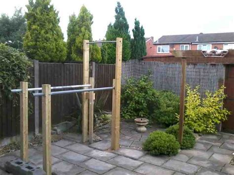 building a backyard gym running riot home made chin up bar