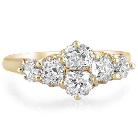 8 amazing antique engagement rings brilliant earth