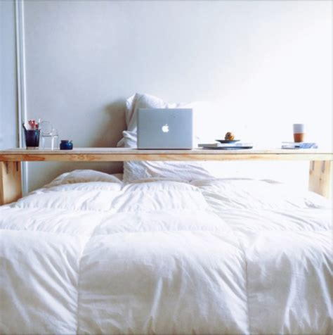 builders showcase  rolling bed board table