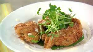 Martha Emeril Toast To New Partnership by Emeril S Andouille Crusted Oysters With Spinach Coulis