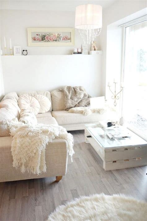 shabby chic apartment best 25 shabby chic apartment ideas on