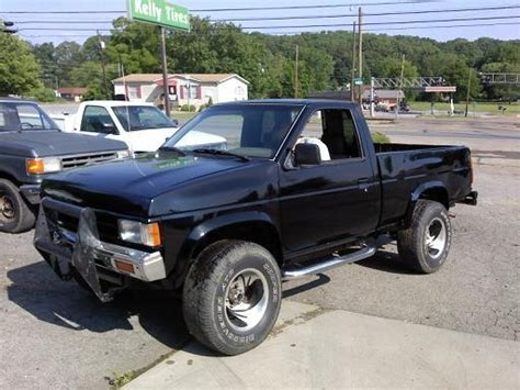 nissan pickup 4x4 lifted 1989 nissan nissan pickup 4x4 2 500 possible trade