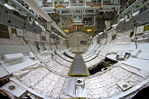 Interior Space Shuttle by Discovery Space Shuttle Cargo Bay Pics About Space