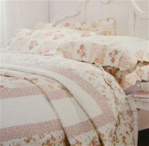King Size Quilted Pillow Shams by King Size Pink Floral Patchwork Quilted Bedspread Throw