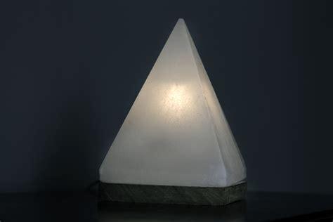 white himalayan salt l white himalayan salt l pyramid so well