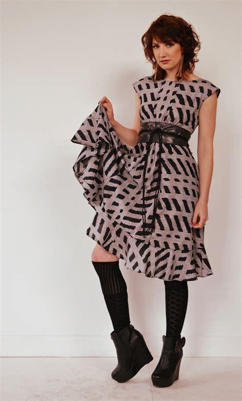 348 1 Dres Peplum Belt dress with peplum ruffled hem sewing
