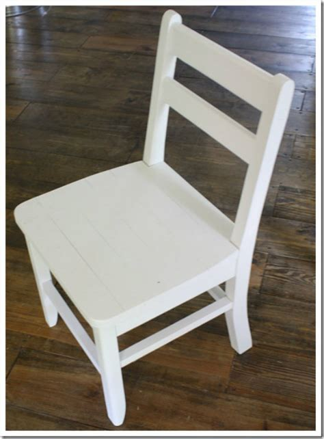 Building Dining Room Chairs by Free Diy Furniture Plans To Build A Shabby Chic Cottage