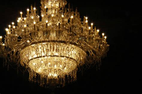 Top 10 Most Expensive Chandeliers In The World Design Expensive Chandeliers