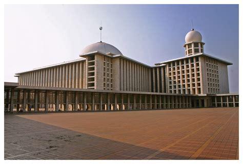 Desain Masjid Istiqlal | masjid istiqlal di desain oleh sang arsitek krinsten the