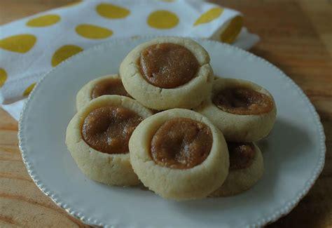Buter Polca peanut butter polka dot cookies the culinary cellar