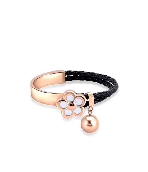 Sdl Pvc Rck Aw 34 tvesha stunning black fold clasp bracelets buy tvesha stunning black fold clasp