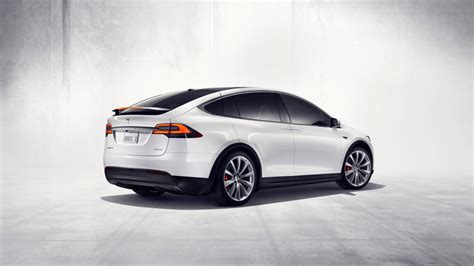 Tesla Is Awesome Tesla S Model X Is Here And It S As Awesome As We Hoped
