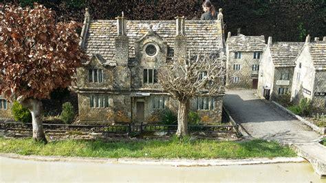 Order Chairs Prettiest Village England Snapshots