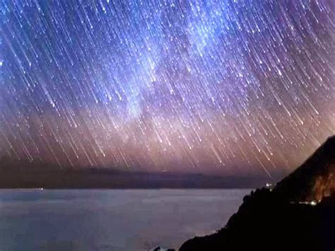 December Meteor Shower by Geminid Meteor Shower Rich In Fireballs And Can Be Seen