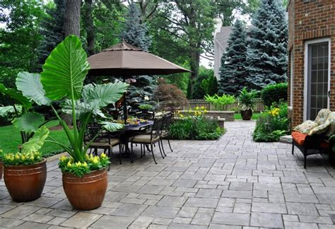 outdoor rooms kg landscape management lemont landscaping at cog hill traditional patio