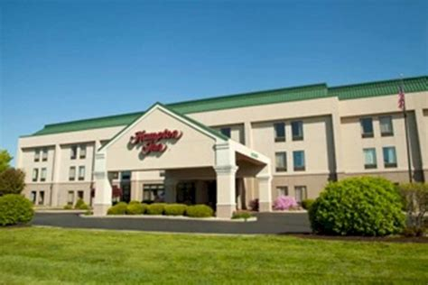hton inn carbondale pet policy