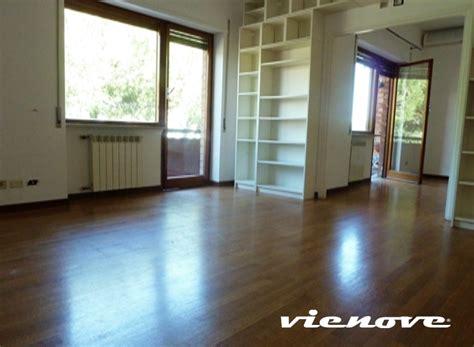 prezzi appartamenti roma roma mostacciano appartamento vienove