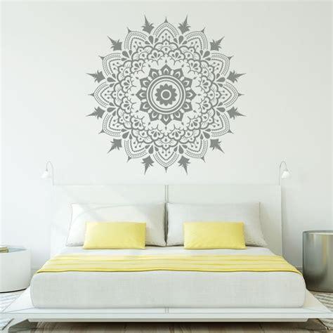 decoracion de cristales vinilos mandalas decorar paredes y cristales