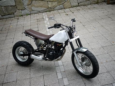 Motorrad Yamaha Tw200 by Yamaha Tw Cafe Racer Motorrad Bild Idee