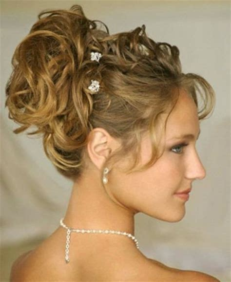 Hairstyles With Curls Up | 30 best curly hairstyles for girls and women in 2014 be