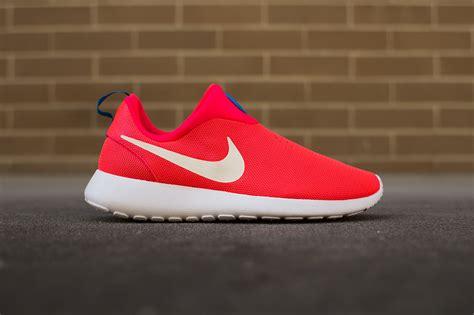 Nike Roshe Run Slip On nike roshe run slip on quot laser crimson quot hypebeast