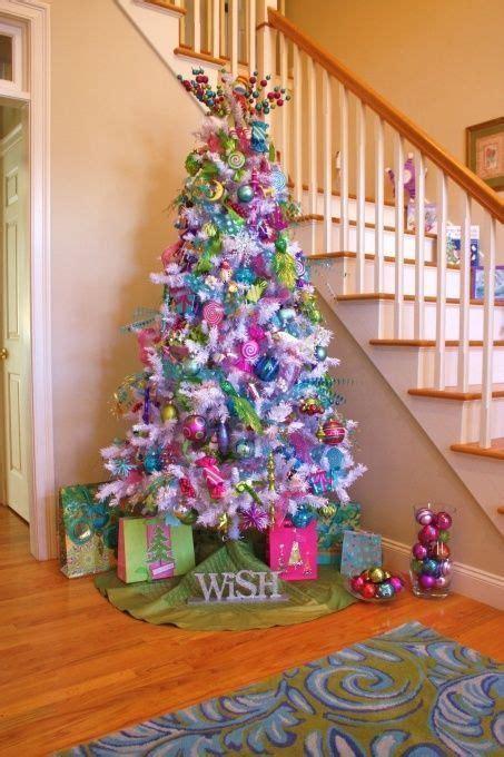 tematicas para decorar en navidad m 225 s de 25 ideas incre 237 bles sobre arbol navidad blanco en