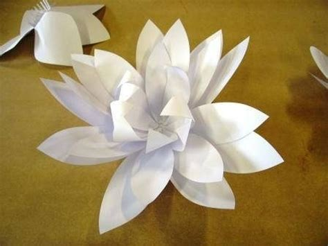 fiori semplici di carta fiori di carta come realizzarli fiori di carta