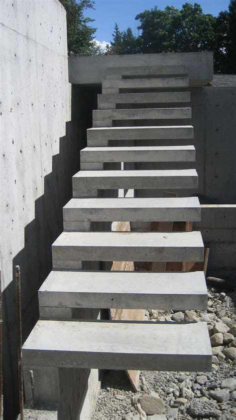 How To Build Concrete Staircase detail cantilevered concr stair 171 home building in vancouver