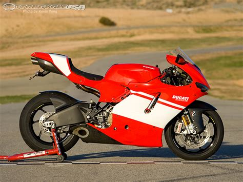 Ducati Desmosedici Rr 2009 Joycity 112 2009 ducati desmosedici rr photos motorcycle usa