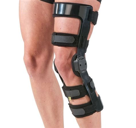 torn acl brace 25 best ideas about acl knee brace on donjoy acl brace acl brace and