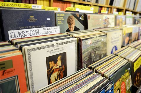 Pittsburgh Records Pittsburgh Record Collectors Ready To Make A Deal With Businessman