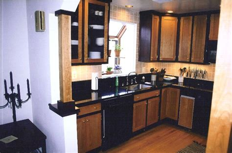 attractive Two Tone Painted Kitchen Cabinets #2: c%20two%20tone%20cherry2.jpg