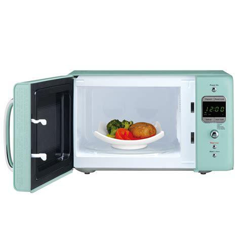 daewoo retro microwave oven 0 7 cu ft mint green 700w