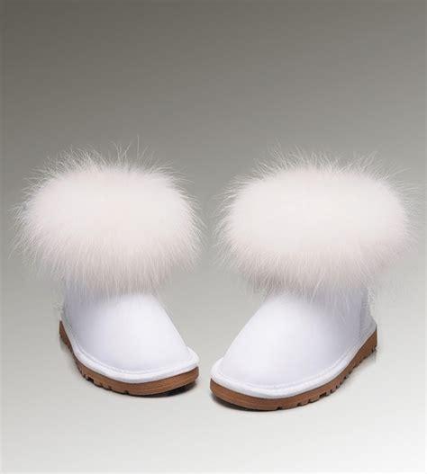 fur ugg boots 48 best ugg fox fur boots images on fur