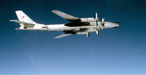 tupolev tu 16 versatile cold war bomber books prison planet 187 cold war ii russian nuclear bombers