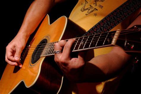 cara bermain gitar acoustic tips cepat belajar gitar vincent cahya
