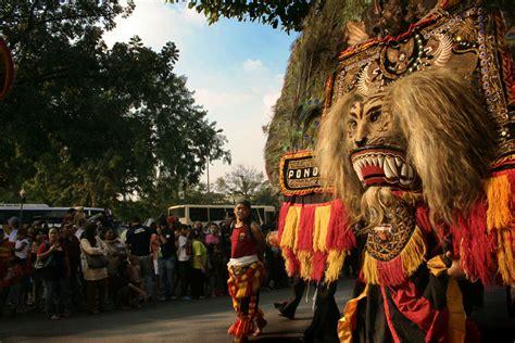 film kolosal sejarah warok ponorogo kabupaten ponorogo the city full of culture