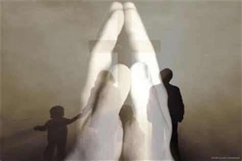 imagenes de manos unidas orando imagenes de manos orando