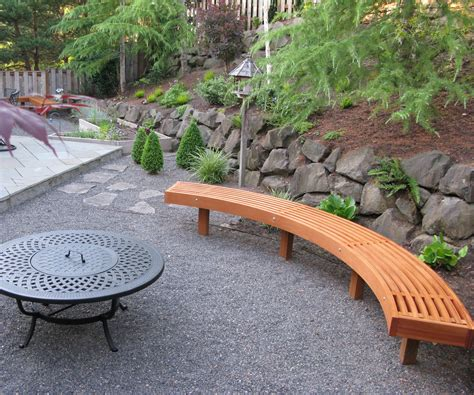 curved garden bench from cedar laminations 2