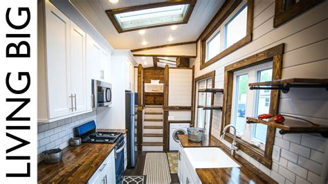 ft tiny house   mansion  wheels