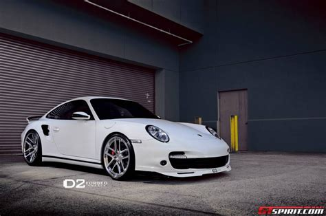 lowered porsche 911 white porsche 997 turbo lowered on d2forged wheels gtspirit