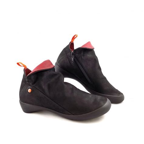 softinos farah soft low heel shoe boots in black