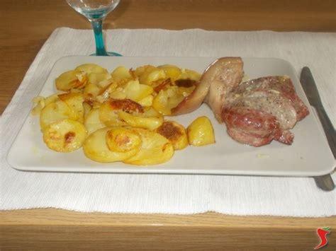 cucinare patate arrosto arrosto con patate arrosto arrosto con patate ricetta