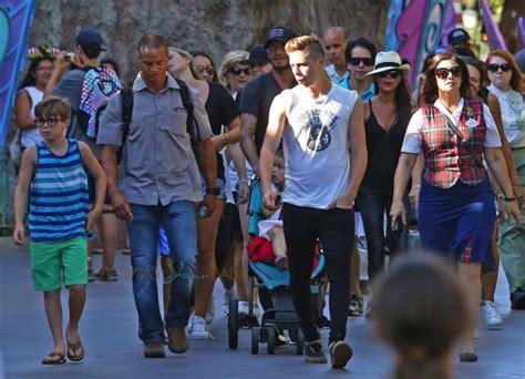 Beckhams Hit Disneyland the beckhams hit disneyland