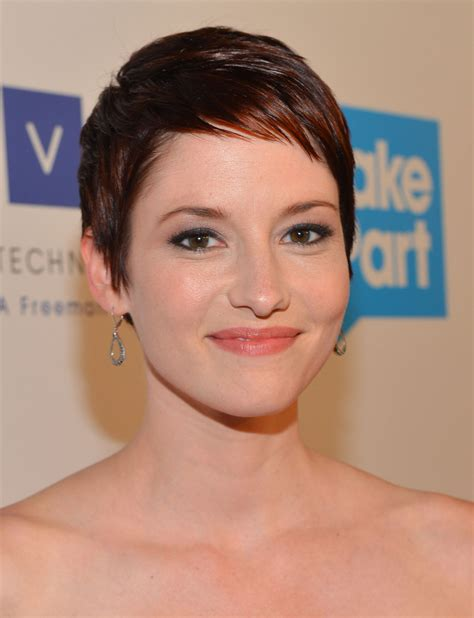 pre chemo haircut chyler leigh at the thirst project 3rd annual gala in