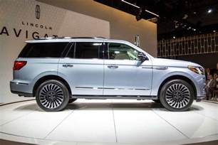 2018 lincoln navigator review impressions news